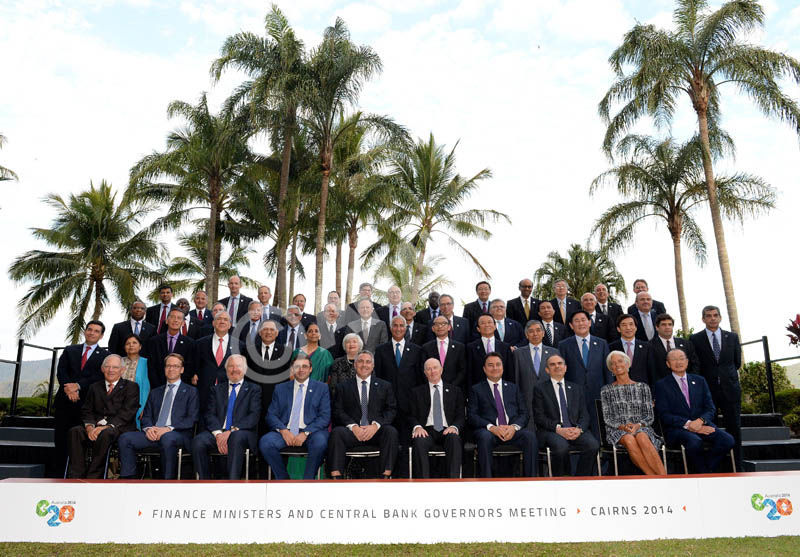 Delegates pose for the official group photo at the G20 Finance Ministers and Central Bank Governors meeting in Cairns, Australia, 20 September 2014. EPA/DAVE HUNT AUSTRALIA AND NEW ZEALAND OUT