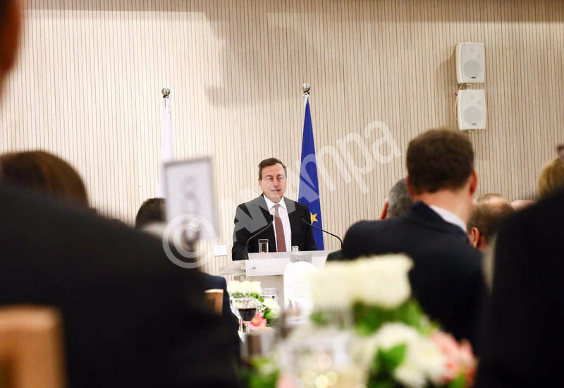 A handout image released by the Cypriot Press and Information Office of European Central Bank President (ECB) Mario Draghi delivering a speech during an official dinner at the Presidential Palace in Nicosia, Cyprus, 04 March 2015. The European Central Bank (ECB) on 04 March launched a two-day session on the island where it was expected to provide details of a bond-buying programme to spur growth in euro zone countries.  EPA/CYPRIOT PRESS OFFICE / HANDOUT  HANDOUT EDITORIAL USE ONLY/NO SALES