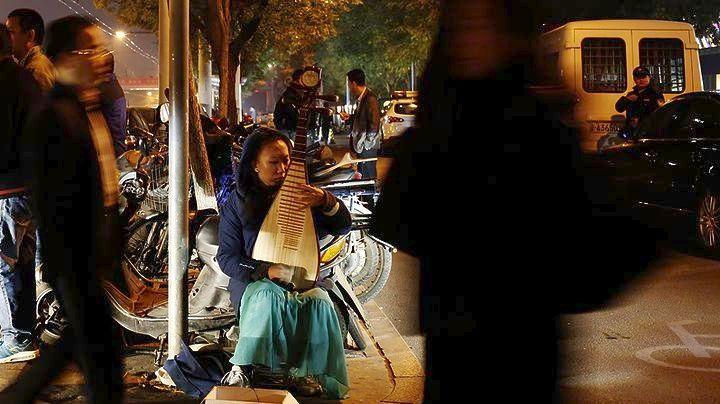 κινεζική γυναίκα πίπα κορίτσια λαμβάνουν κεφάλι