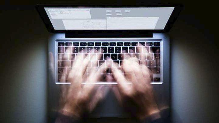 δίνοντας πρόσβαση στο διαδίκτυο Ταχύτητα χρονολογίων στην περιοχή του Μάντσεστερ