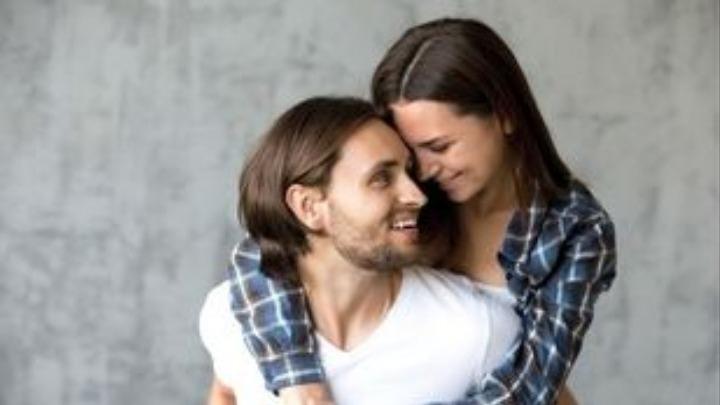 12 χρονών dating 21 ετών γάντζος στο Μπλούμινγκτον