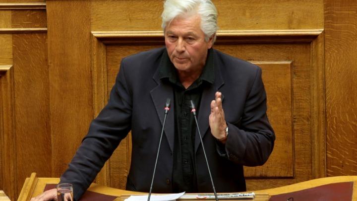 Πολιτική   Κατατέθηκε η επιστολή του Πάνου Καμμένου για την διαγραφή του  Θανάση Παπαχριστόπουλου - Διαλύθηκε η ΚΟ των ΑΝΕΛ 3489a9ce679