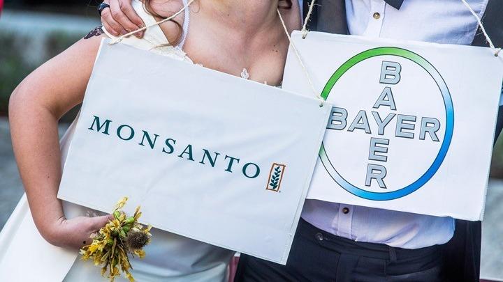 Γαλλία: Η Monsanto «φακέλωνε» δημοσιογράφους και πολιτικούς ανάλογα με τη στάση τους απέναντι στα φυτοφάρμακα