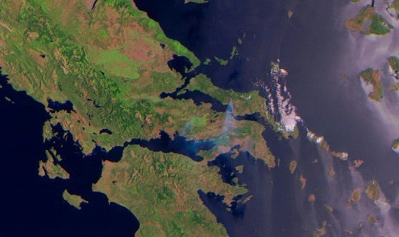 EB1kBpeXsAAEgQs Ανεξέλεγκτη η φωτιά στην Εύβοια: Καίγεται το δάσος Natura - Συναγερμός σε χωριά